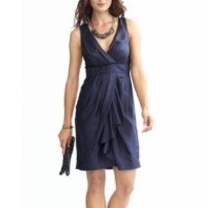 BANANA REPUBLIC SILK V-NECK DRAPE DRESS in NAVY